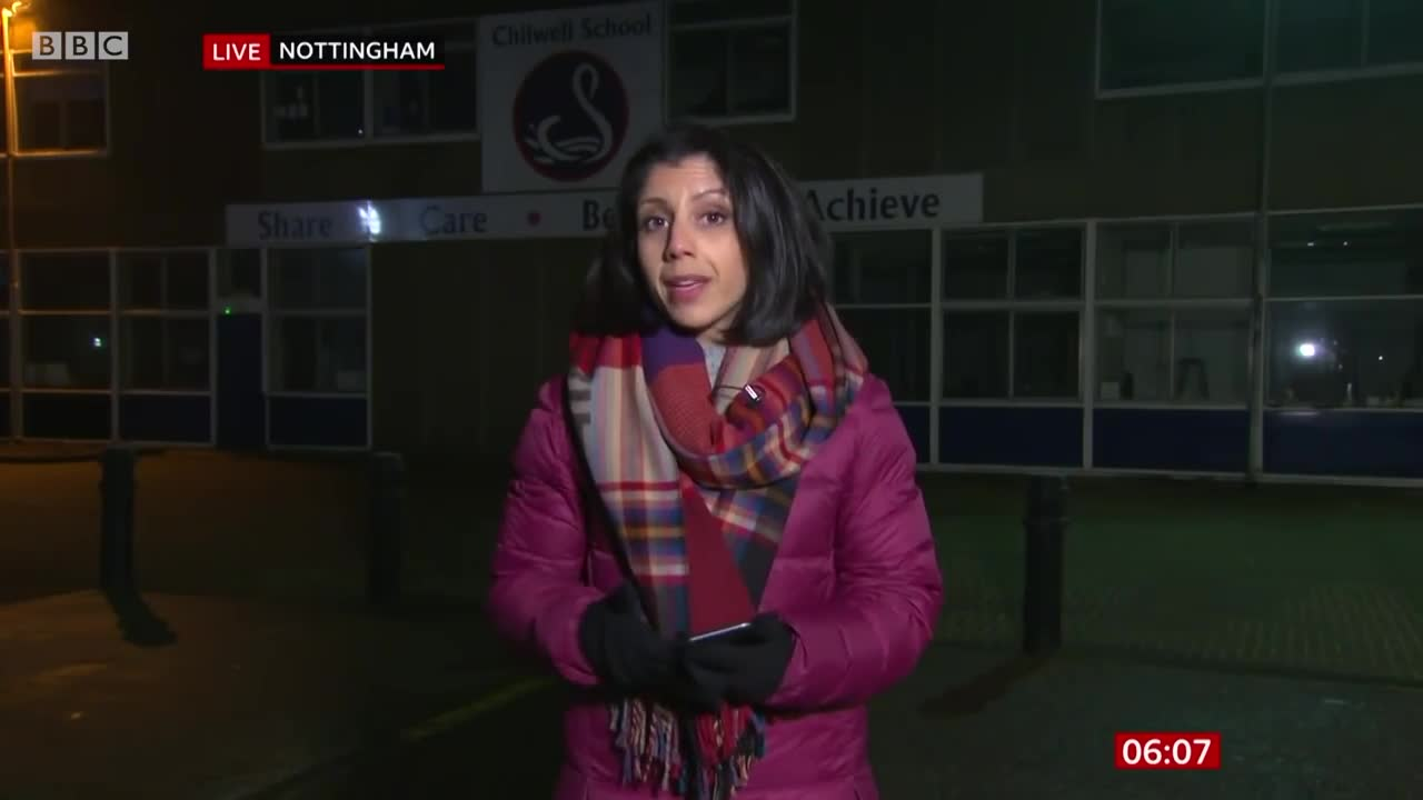 Covid: Millions told to stay at home on New Year's Eve 🔴 @BBC News live - BBC